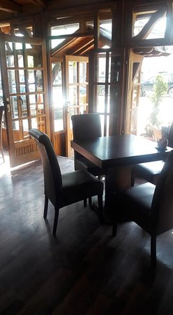 Kichevo, جمهورية مقدونيا: New Age Lounge bar