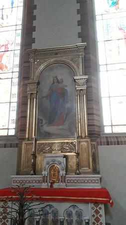 Vercelli, Italie : L'altare dedicato a Maria