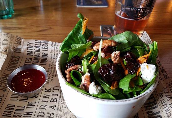 Mudlick Half Spinach Salad