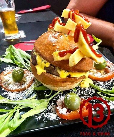 Vieni a scoprire i nostri panini! Ti meraviglierai della scelta tra le migliori carni e i migliori abbinamenti!