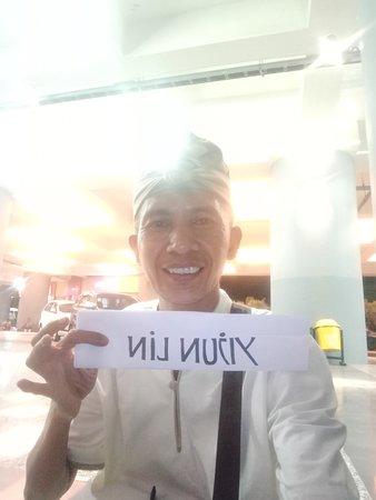 Bali Ngurah Rai Airport: Ballie eoseo osibsio Jeulgeoun hyuga bonaesibsio. #sukabalitours.