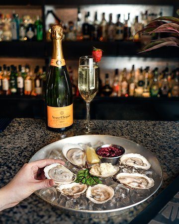 Teller's Bar and Lounge: Thursdays Buck-A-Shuck Oysters