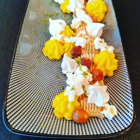 Restaurant Nantes dessert : Carottes au citron vert, pop corn et pralin noisette / accord mets et vins