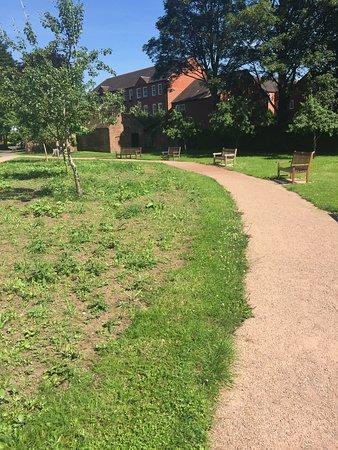 2.  Queen Elizabeth II Jubilee Gardens, Bewdley