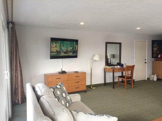 Couch, Love Seat, Dresser, Desk & Chair - in Honeymoon Suite