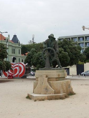 Estatua Homem do Leme