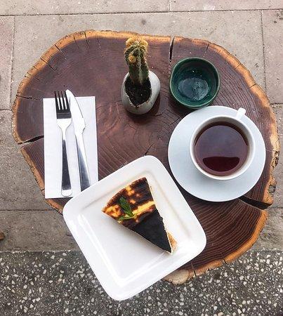 Bozcaada, Turska: Ev yapımı tatlılar ve lezziz kahveler