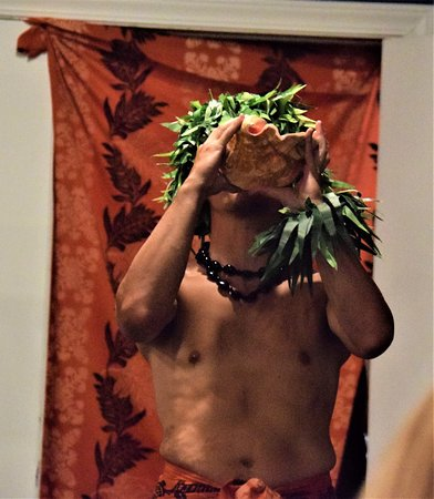 Polynesian Fire Luau and Dinner Show Ticket in Myrtle Beach: Blowing of the conch shell