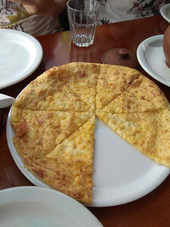 Chinkalnia Restauracja Gruzinska: Placek pychota