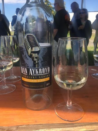 Niagara Falls Tour with Cruise & Lunch in Niagara on the Lake: White Wine that we tasted