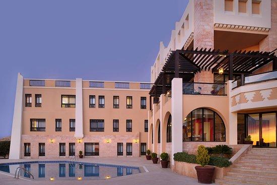 Petra Marriott Hotel: Exterior