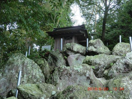 Zuiun-ji Temple: これが不動尊の小さな建屋
