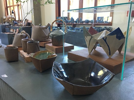 Atelier Yas & Brisa - Ceramica e Aromas
