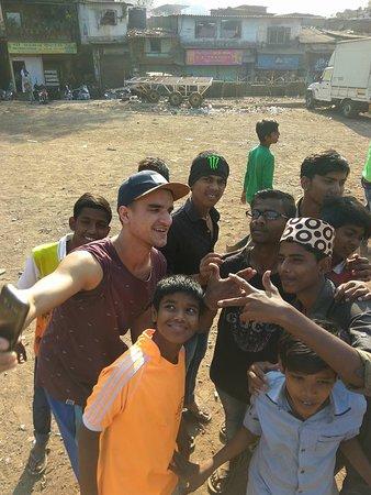 Slum Dreams Tours: Selfie time with Dharavi slum kids.