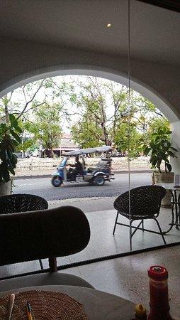 Mila Thapae Hotel