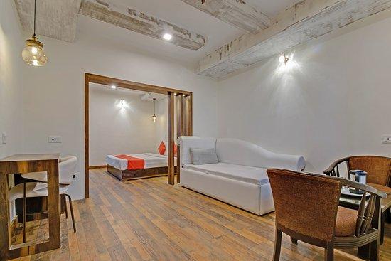 OYO 4249 Hotel Ark