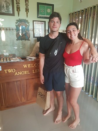 Krisna massage and putri massage