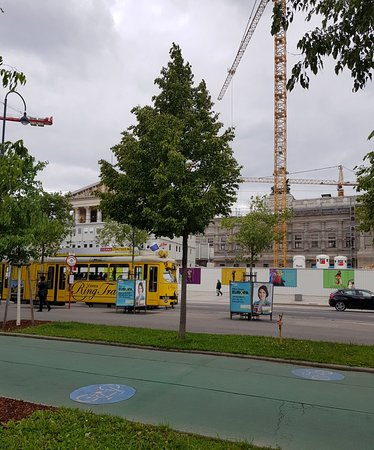 Ringstrasse: Great way to see the sites
