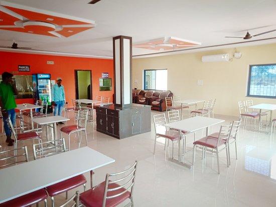Dhamtari District, الهند: Restaurant