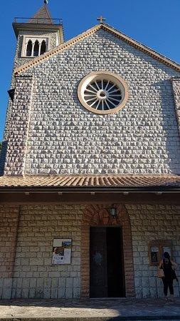 Santuario di Nostra Signora de la Salette