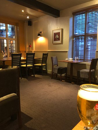 Mill House Beefeater: Quiet Corner