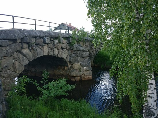 Mustasaari, ฟินแลนด์: Tuovilan Kivisilta