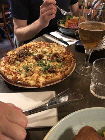 Klang Market Uppsala: En tog pizza och var nöjd med den.