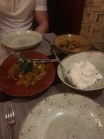 Pai Thai: wok fried beef red curry and wok fried crispy chicken with cashew nuts
