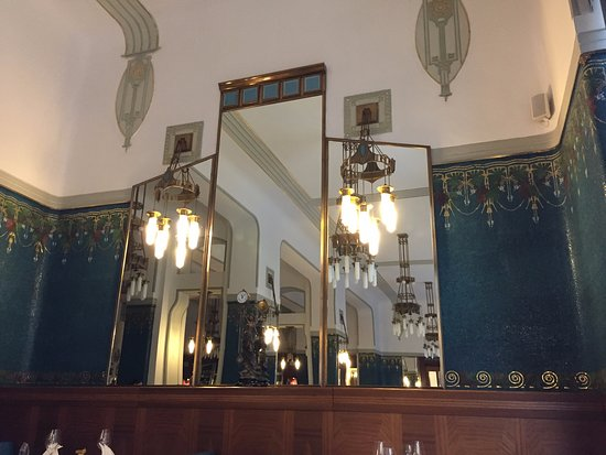 Sarah Bernhardt Restaurant: Beautiful interior