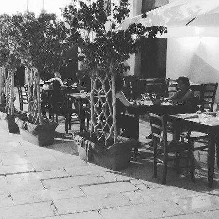 Cafe Funduq
