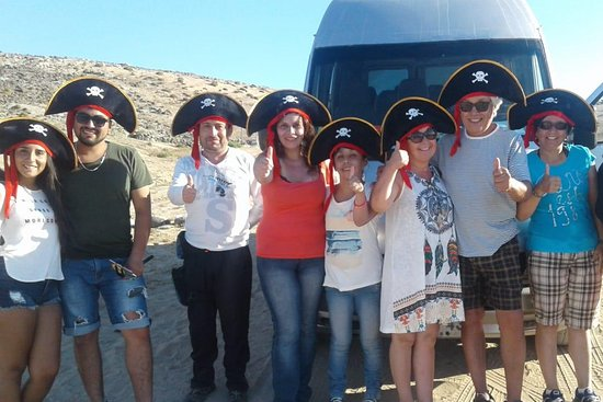 """Agencia de viajes y turismo """"El Pirata Ingles"""""""