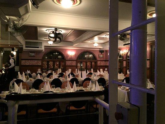 Titanic Theatre Restaurant Williamstown Restaurant