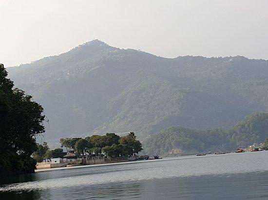 Pokhara, Nepal: lake