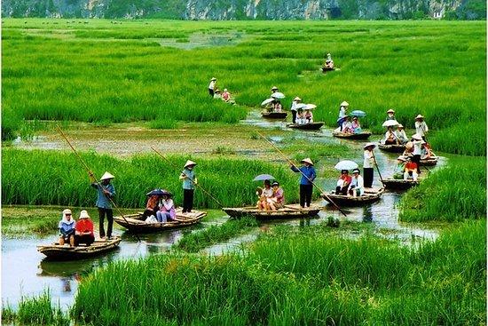 Hoa Lu - Tam Coc Group Tour 1 dag ...