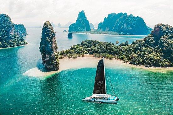 Vibe Boat Club (Party Catamaran)