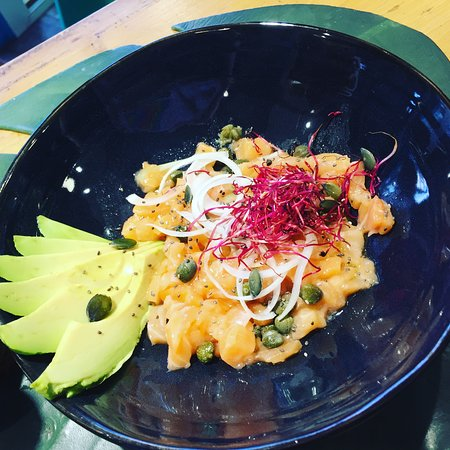 Bisca Surf Café: Tartare saumon 