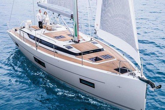 Bavaria Yacht - Crucero al atardecer...