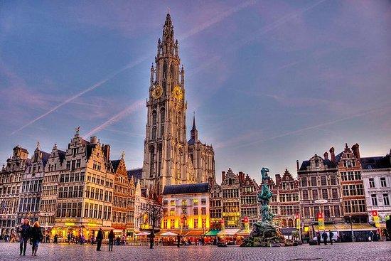 "Privat rundtur ""Antwerpen om natten ..."
