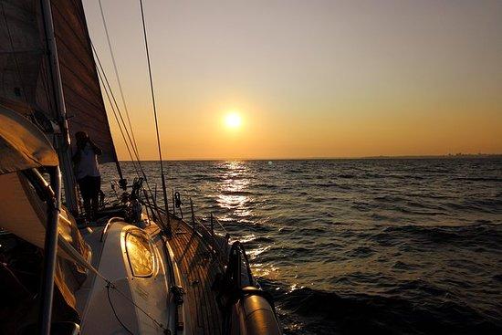 在豪華航行遊艇的日落航行 -  Vilamoura