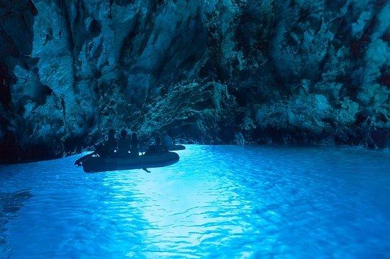 私人快艇游览Blue Cave,Stiniva,Blue...