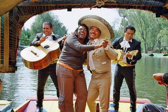 Besøk til Xochimilco og Coyoacán og CU