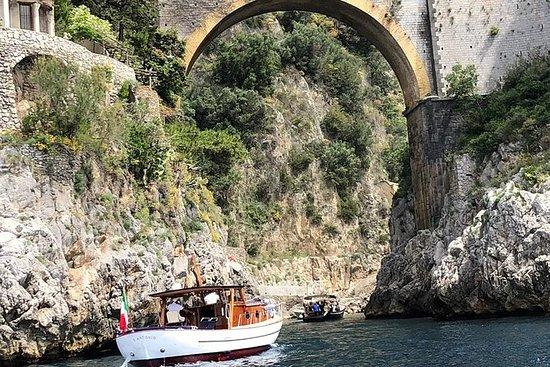 Excursion en bateau sur la côte...