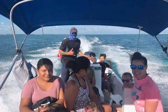 Premium Private Fishing, Snorkling og...