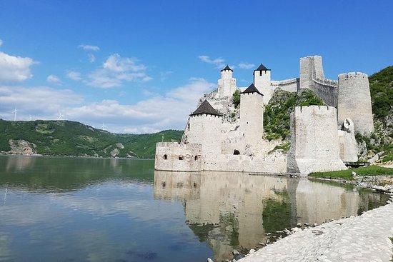 Excursión privada de un día a la fortaleza de Golubac