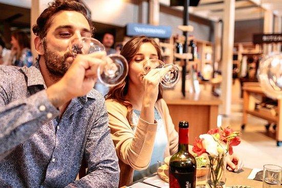 ツアーやワインテイスティングを楽しめるカサブランカバレーのツアー。