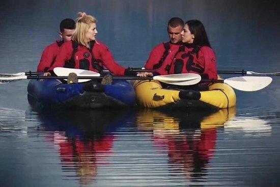 Kayak y comida local en Farka.