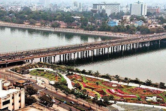 Visite colorée et vibrante du Gujarat...