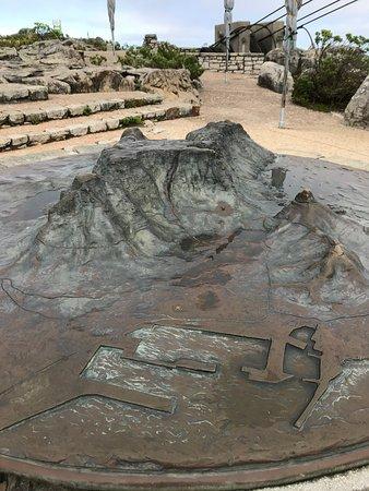 Mountain Sculpture. (Not flat).