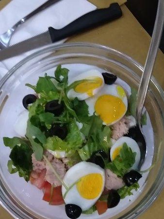 Le nostre coloratissime e buonissime insalatone miste