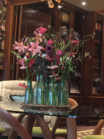 Pretty flowers throughout the lobby and sitting room.